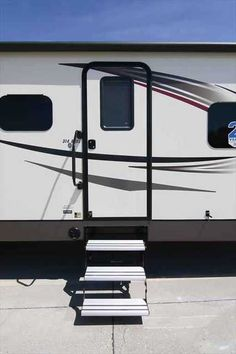 2016 New Jayco Eagle 314BHDS Travel Trailer in Iowa IA.Recreational Vehicle, rv, Davenport, Ia Rv Dealership in the Heartland of America, close to you, anywhere. Family owned and operated since 1959. BBB A+ rating, BBB Integrity Award Winner, Top 50 RV Dealer Award Winner