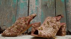 Your Own Our Fav. Styles and Designers for Super comfy & Custom Indian Bridal Shoes - Witty Vows Bridal Sandals, Bridal Shoes, Wedding Shoes, Bridal Footwear, Pink Block Heels, Gold Movie, Indian Designer Outfits, Girls Dream, Indian Bridal