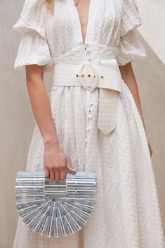 2019 Summer New Ladies Dress Retro Court Style V-neck Single-breasted Puff Sleeve Print Waist Holiday Dresses White Edgy Dress, Retro Dress, New Ladies Dress, Older Women Fashion, Womens Fashion, Holiday Dresses, Summer Dresses, White Dresses For Women, Cotton Style