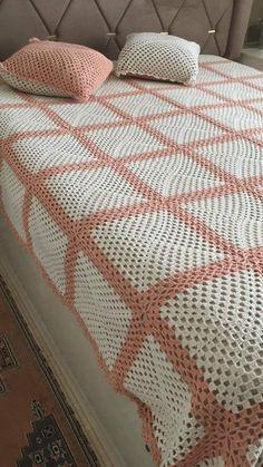 Crochet Bedspread Pattern, Crochet Coaster Pattern, Granny Square Crochet Pattern, Love Crochet, Knit Crochet, Baby Knitting Patterns, Crochet Patterns, Manta Crochet, Bed Spreads
