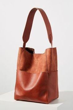 Tia Slouchy Bucket Bag by Anthropologie in Red Size: All, Bags Leather Purses, Leather Handbags, Camo Purse, Diy Tote Bag, Leather Bags Handmade, Diy Leather Tote, Leather Briefcase, Tan Leather, Couture Sac