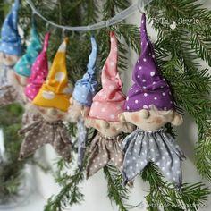 Купить Семь Гномов Гирлянда на Елку Куклы текстильные в интернет магазине на Ярмарке Мастеров