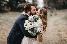 Featured - Jenna & Cullen's Real Wedding - Foxtail Floral Designs // Real Wedding Inspiration // Covid Wedding // Outdoor Wedding // Intimate Wedding Ideas // Wedding Florals // Bouquet // Navy and White Bouquet #weddingblog #weddingideas #freshflorals #weddingbouquet #albertaweddingsocial Intimate Weddings, Real Weddings, Wedding Trends, Wedding Blog, Floral Wedding, Wedding Bouquets, Yard Wedding, Wedding Congratulations, Beautiful Couple