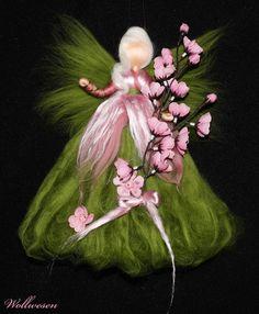 ღKirschblüten Feeღ Märchenwolle Fee Ostern von annas-wollwesen auf DaWanda.com