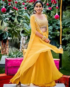 Presenting you latest yellow Lehengas. From light yellow bridal lehengas to pastel yellow bridal lehengas, we have got variety of lehengas #shaadisaga #indianwedding #yellowlehenga #yellowlehengaforhaldi #yellowlehengaforhaldifunction #yellowlehengamustard #yellowlehengacolorcombos #yellowlehengabridal #yellowlehengasimple #yellowlehengalemon #yellowlehengadesigns #yellowlehengapastel #yellowlehengasabyasachi #yellowlehengalight #yellowlehengafloral #yellowlehengalime #yellowlehengaplain #yellow
