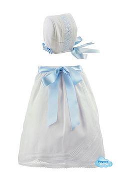 Conjunto de faldón de cintura para bebés con encaje de valenciennes y capota a juego en piqué http://www.pequesybebes.es/ropa-bebe-batones/332-conjunto-faldon-capota-bebe-ceremonia-encaje-de-valenciennes.html