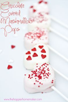 Chocolate Covered Marshmallow Pops - The Happier Homemaker | The Happier Homemaker