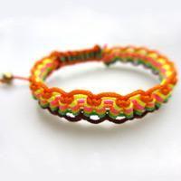 Creative friendship bracelet pattern -how to make a wavy friendship bracelet