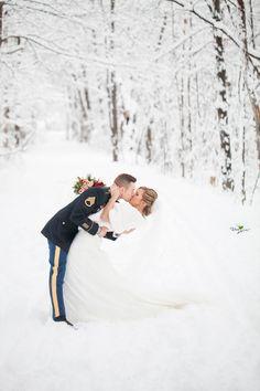 Incredible winter wedding wonderland