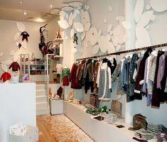 25ea6cb6d The children s shop Happy Garden in Paris. Tiendas De Ropa Infantil