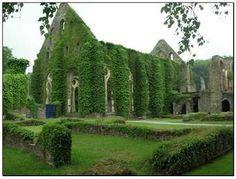 Abdij van Villers, een voormalige cisterciënzerabdij, in 1146 in opdracht van Sint Bernardus gesticht als dochterabdij van Clairvaux.