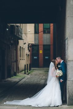A romantic wedding in the city. Glasgow, Scotland.