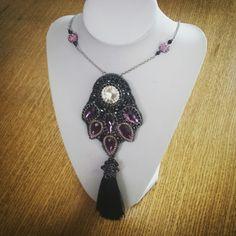 Beading Beading, Jewelry, Design, Fashion, Moda, Beads, Jewlery, Jewerly, Fashion Styles