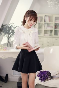 Korean fashion(&Japanese) - Single color waist A word chiffon skirt