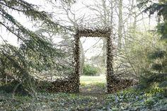 Contemporary Art is cultivated in Chaumont-sur-Loire - Alicia Kenna Land Art, Art Environnemental, Art Et Nature, Art Deco Font, Garden Of Earthly Delights, Garden Art, Beginner Painting, Parcs, Environmental Art