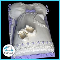 Christening Gowns cake | Home » Cakes » Christening Dress Cake