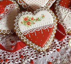 Roses for Valentine's; cookie artist, Teri Pringle Wood