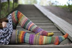 Ravelry: Surprise stripes pattern by Anna Johanna Stripes keep it from becoming TOO boring for such long stockings. Diy Crochet And Knitting, Crochet Socks, Knitting Socks, Hand Knitting, Crochet Clothes, Wool Socks, My Socks, Knitting Designs, Knitting Projects