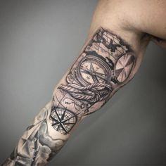 Forarm Tattoos, I Tattoo, Tattoo Sleeve Designs, Sleeve Tattoos, Pirate Tattoo, Compass Tattoo, Skull, Ideas, Samurai Wallpaper
