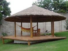 Deck de madeira - ideia para redario (inclinação do terreno)