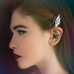 http://sosuperawesome.com/post/146281492167/dragon-jewelry-by-martymagic-on-etsy-so-super