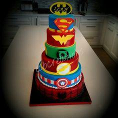 6tier Superhero Bar Mitzvah cake with spiderman, captain america, flash, green lantern, wonder woman, superman and batman! Bolo Flash, Flash Cake, 6th Birthday Parties, Birthday Cakes, Birthday Ideas, Wonder Woman Wedding, Wedding Stuff, Wedding Ideas, Kid Birthdays