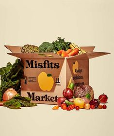 Misfits Market delivers ugly, but otherwise perfectly edible fruits and vegetables right to your door. Our mission is to combat food waste and provide affordable, healthy produce to the world. Vegetable Delivery, Imperfect Produce, Planning Menu, Fruit Box, Food System, In Season Produce, Mixed Fruit, Fresh Fruits And Vegetables, Subscription Boxes