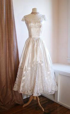 Vintage Wedding Dress // 1940's Lace and Satin by xtabayvintage, $698.00