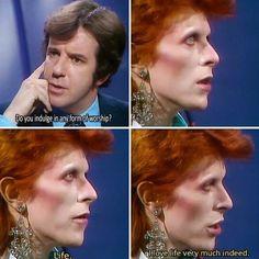Ideas music rock art feelings for 2019 Ziggy Played Guitar, Ziggy Stardust, Music Memes, David Jones, Music Stuff, Daydream, The Beatles, Rock N Roll, People