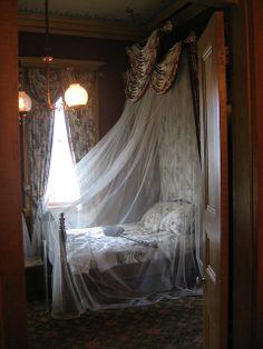 Historic Plantation Interiors | ... mosquito netting, San Francisco Plantation | Flickr - Photo Sharing