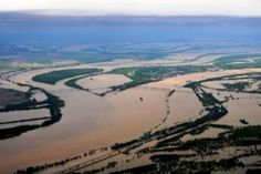 """""""Flooding at the confluence of two great rivers [the Mississippi and the Ohio at Cairo, Illinois]. Photo by John Blair Valley Watch [May 2, 2011]"""" -- Compare http://pinterest.com/pin/175218241723426989/ and http://pinterest.com/pin/175218241723427550/ for non-flooded photos."""