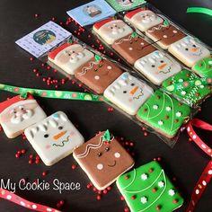 Christmas Sugar Cookies, Christmas Snacks, Christmas Goodies, Holiday Cookies, Christmas Candy, Christmas Baking, Fancy Cookies, Iced Cookies, Cute Cookies