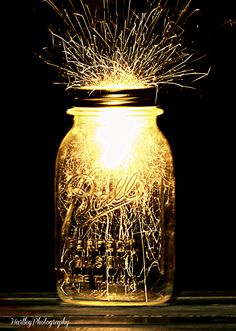 Mason jar idea Sparklers! If you have a bonfire this could make for some beautiful photos!