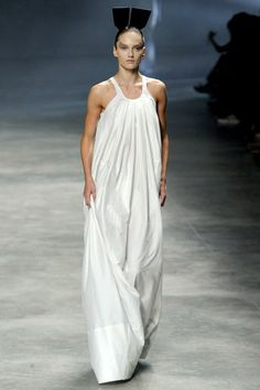 See the complete Rick Owens Spring 2011 Ready-to-Wear collection.