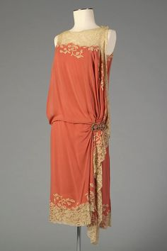 1926 Silk chiffon and lace dinner dress, American Kent State University Museum