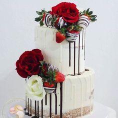 Gorgeous Valentine's Day inspired cake by @takeabitebahamas 🌹🍓 . . . . #Bridesmaid #squadgoals #bridalstyle #bridalparty #bridesmaids #tuesday  #blonde #glam #decor #weddingcake  #bridetobe  #gold #destinationwedding #nyfw #wedding #love  #photooftheday  #weddingcoordinator #weddinginspo #couture #luxe #tuesday #bridalinspo  #decor #love #engaged #engagement  #cake #happyvalentinesday #valentines
