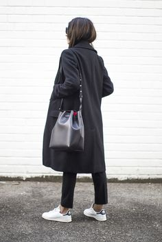 Outfit | Simple Tricks To Elevate An Outfit With Sneakers