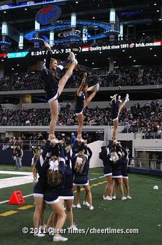 Cheerleading, BYU, cheer, cheerleader, heel stretch stunt from Kythoni's Cheerleading: Utah Schools: BYU, Utah, UVU, Weber, USU (Aggies, Utes, Cougars) board  http://pinterest.com/kythoni/cheerleading-utah-schools-byu-utah-uvu-weber-usu-a/  m.23.4 #cheer #KyFun    #BYU #LDS #BYUsports College Cheerleading, Football Cheerleaders, College Football, Cheer Stunts, Cheer Dance, Byu Utah, Byu Sports, Heel Stretch, Softball