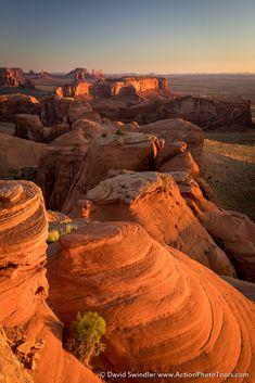 Hunt's Mesa (Monument Valley, Arizona) by David Swindler on 500px