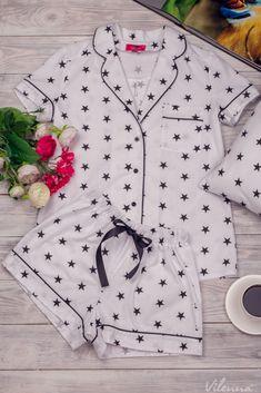 Пижама женская с черными звездочками • цвет: белый • интернет магазин • vilenna.ua