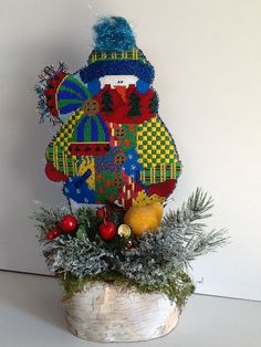 A Renaissance Designs Patchwork Snowman for Hanging by A Thread. 2014