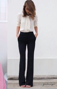 How To Wear Jeans To Work Business Casual Simple Super Ideas - Business Attire Business Outfit Frau, Business Outfits, Business Fashion, Business Professional Outfits, Summer Professional, Professional Clothing, Business Casual Outfits For Women, Fashion Mode, Office Fashion
