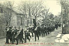 Nord-Trøndelag fylke Stjørdal kommune Stjørdalstangen . Barnetog 17.mai 1906. Utg A.J.