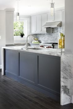 KITCHEN ISLAND WATERFALL and shaker drawer fronts #grey | Bradshaw ...