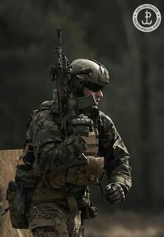 Chris Oakley, SPEC OPS Ranger Night Salker. Military hobby blog: http://zimhangmen.tumblr.com/