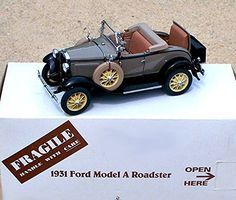 Danbury Mint 1931 Ford Model A Roadster 1:24 Scale NIB - Diecast Model Cars