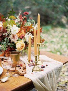 Autumn wedding inspiration: http://www.stylemepretty.com/oregon-weddings/portland/2016/11/23/autumn-fall-wedding-inspiration/ Photography: Jamie Rae - http://jamieraephoto.com/