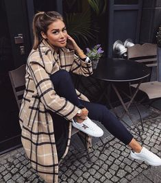 perfect fall fashion outfits ideas to copy right now 15 ~ Modern House Desi. - Work Outfits Women : perfect fall fashion outfits ideas to copy right now 15 ~ Modern House Desi. Casual Fall Outfits, Winter Fashion Outfits, Fall Winter Outfits, Trendy Outfits, Autumn Fashion, Look Winter, Hipster Outfits, Fashionable Outfits, Casual Winter