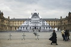 JR makes Louvre pyramid disappear, which intervenes with the public space #publicart