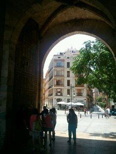 Torres Serranos. Camins Medievals. CaminArt. Valencia